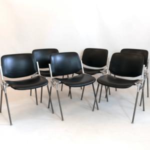 Chaises design et vintages Giancarlo Piretti pour Castelli